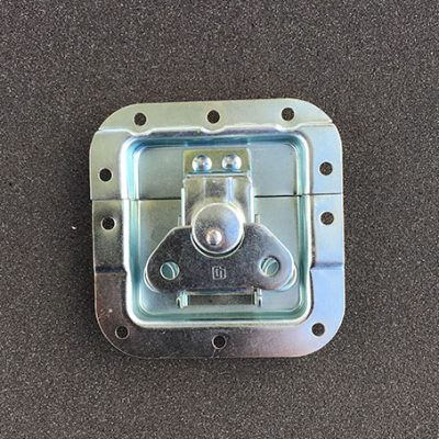 Cierre-de-acero-galvanizado-para-cajas-de-aluminio