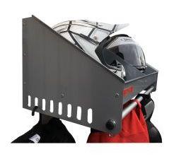 Estante para cascos y perchero de equipaciones