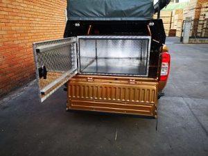 Cajón de apertura trasera en Pick up